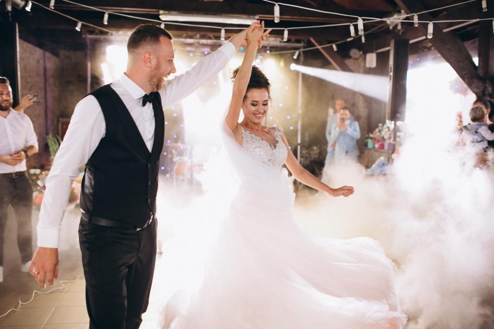 【網上婚展優惠-婚禮舞蹈】Les Tiens Wedding Dance 報名即額外加送專業舞蹈課堂