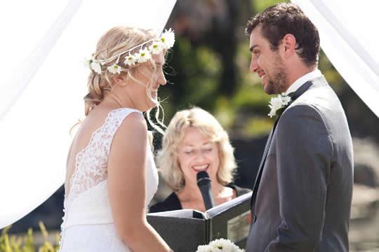 證婚律師應該點揀?|證婚儀式與流程的服務|化解新人對證婚的十個謬誤