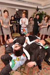 經典回顧:8大玩新郎遊戲 兄弟們玩唔玩得起?