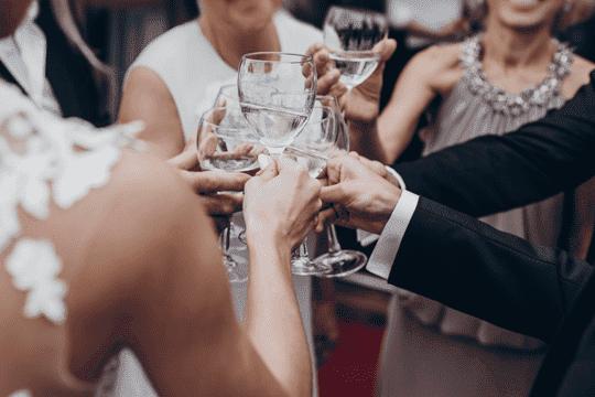 婚宴上,紅、白酒比例應怎樣預算?