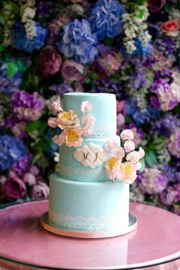 薛凱琪、郭可盈都是捧場客  造型滿分星級結婚蛋糕