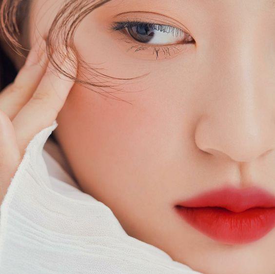 【口罩化妝】戴口罩不脫妝!4個口罩妝的秘訣+編輯推介彩妝/護膚品