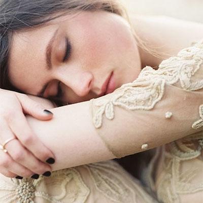 籌備婚禮壓力大|8個有效放鬆心情舒緩情緒的貼士|備受熱捧的CBD與香薰減壓助眠療癒法