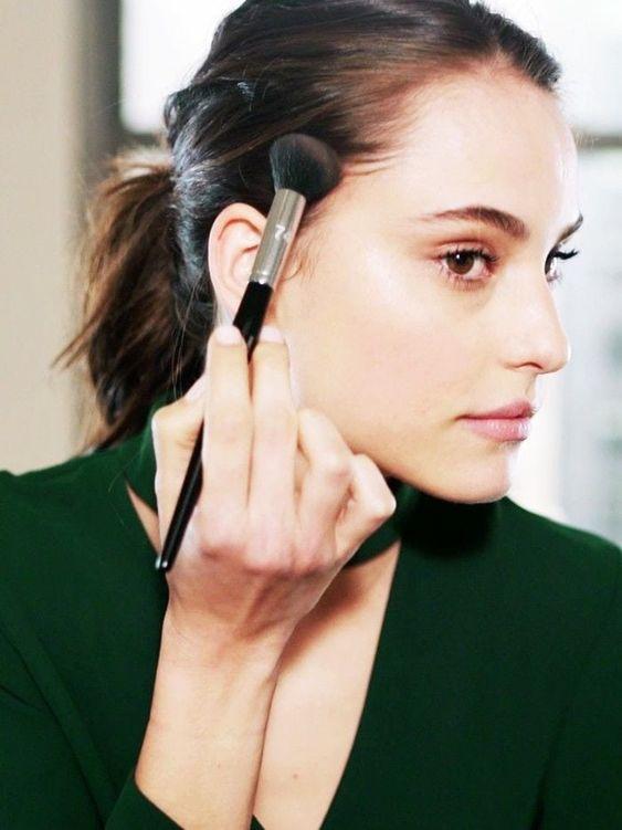【正確補妝教學】出油脫妝的5個實用補妝步驟!2020全新換季必備持久氣墊粉底推介