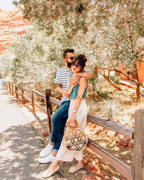 【婚照便服穿搭2020】7對網紅情侶裝時尚穿搭示範!Pre-wedding外影衣著靈感參考