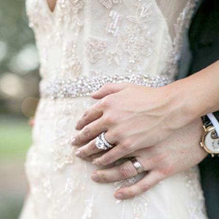 【40款新娘美甲圖參考】婚戒才是焦點!避免觸及新娘美甲4大地雷