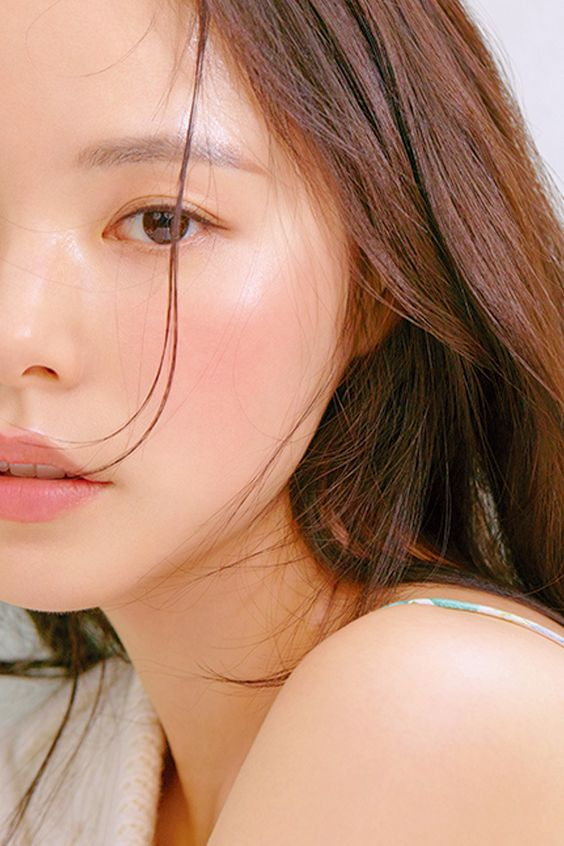 【姊妹化妝禁忌】偽素顏彩妝秘訣!不搶新娘風頭卻又超上鏡的10個妝容貼士