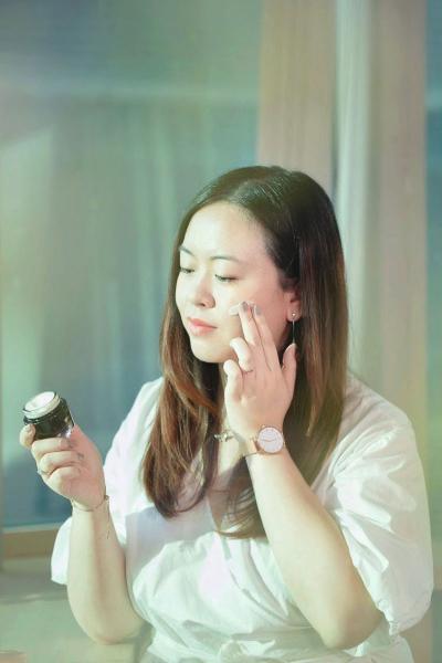 【瘦面保濕修護】準新娘編輯親試!敏感肌女生婚前必備殿堂級護膚補品