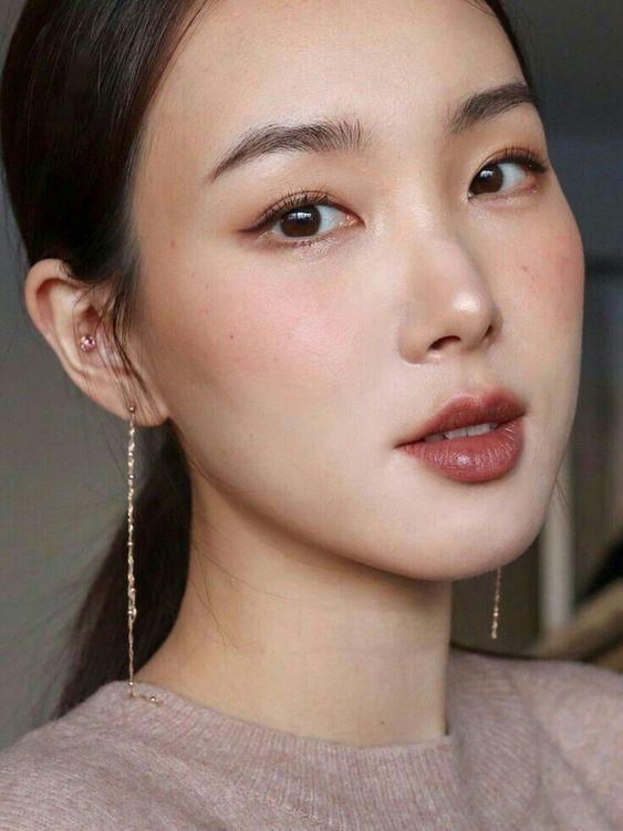 【2020秋冬新娘化妝】婚紗相必試紅棕色系妝容攻略 大熱楓葉色眼妝產品推介